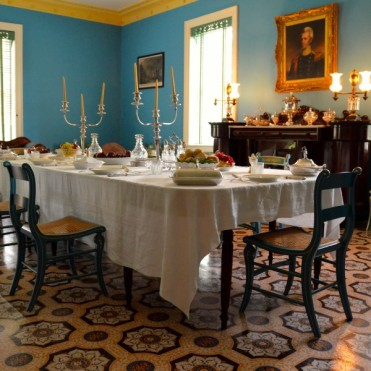 hermitage-dining-room-600x600